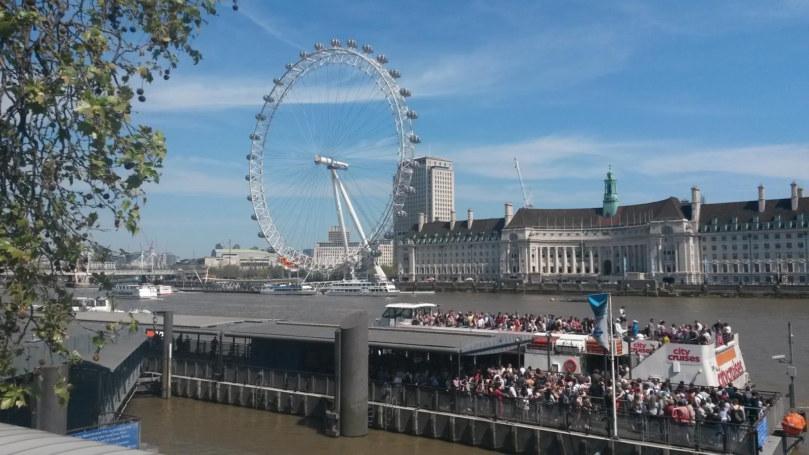Ein heißer Sonntag in London.