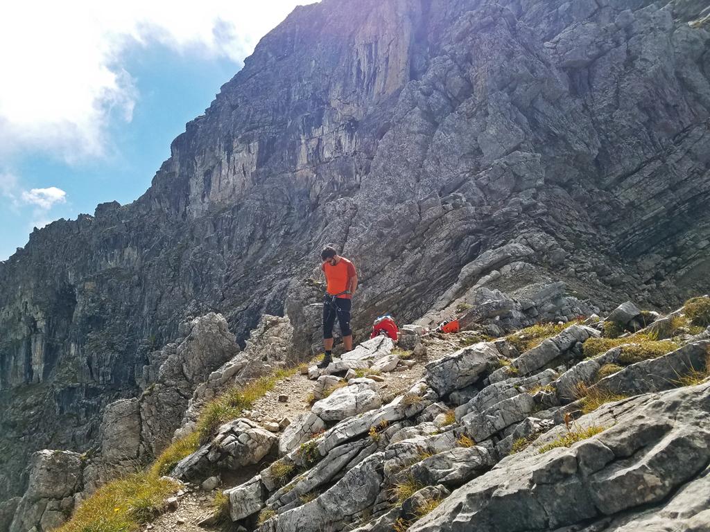 07-Anlegen der Klettersteigausrüstung