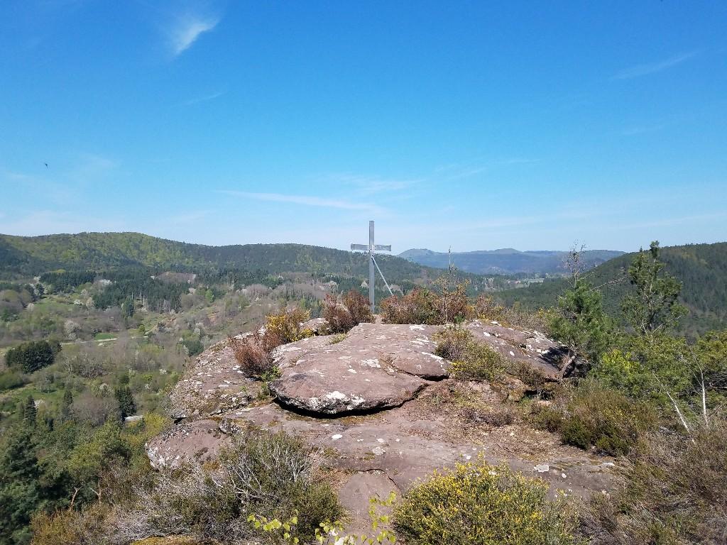 Gipfelkreuz auf dem Hockerstein